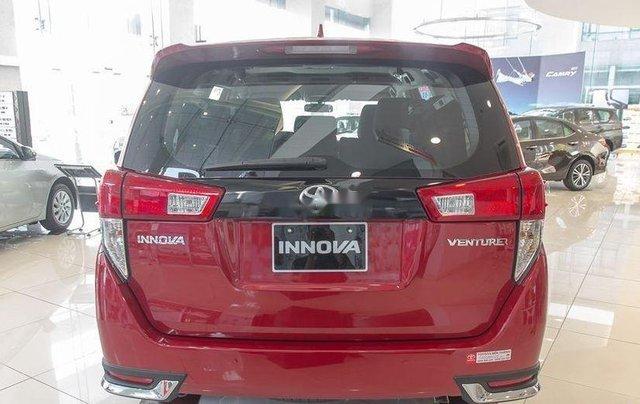 Cần bán chiếc Toyota Innova 2.0 AT Ventuner sản xuất 2019 giá cạnh tranh2
