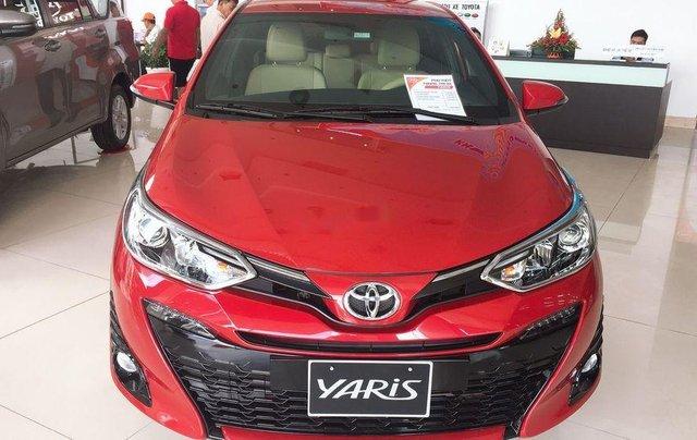 Cần bán xe Toyota Yaris 1.5G CVT năm 2019, xe nhập, giá thấp, giao nhanh0