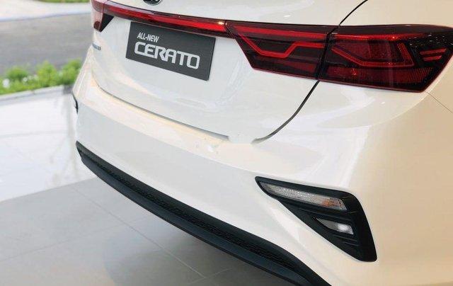 Cần bán Kia Cerato Standard MT năm sản xuất 2019, giao nhanh toàn quốc2