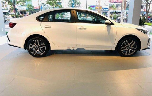 Cần bán Kia Cerato Standard MT năm sản xuất 2019, giao nhanh toàn quốc1