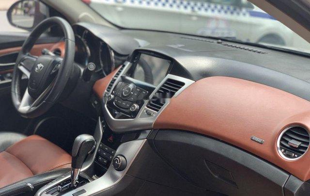Cần bán nhanh chiếc Daewoo Lacetti CDX model 2010 số tự động rất đẹp5