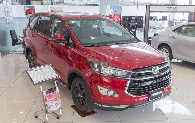 Cần bán chiếc Toyota Innova 2.0 AT Ventuner sản xuất 2019 giá cạnh tranh1