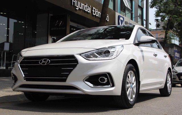 Hyundai Accent, xe sẵn giao ngay1