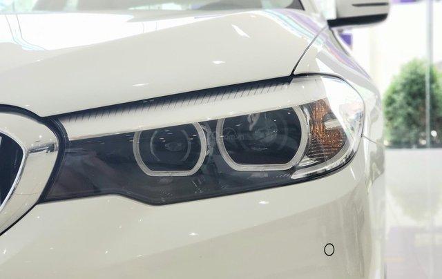 BMW 5 Series 520i, màu trắng, nhập khẩu Đức, sang trọng, đẳng cấp3
