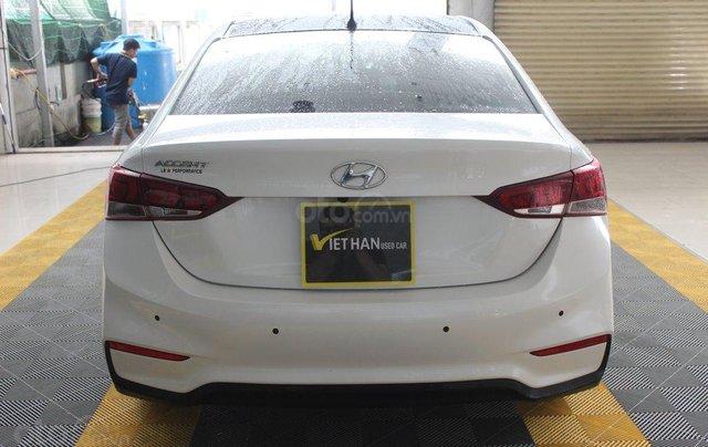 Bán ô tô Hyundai Accent 1.4AT đời 2018, màu trắng, 508tr2