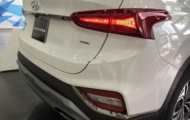 Cần bán xe Hyundai Santa Fe đời 2019, màu trắng3
