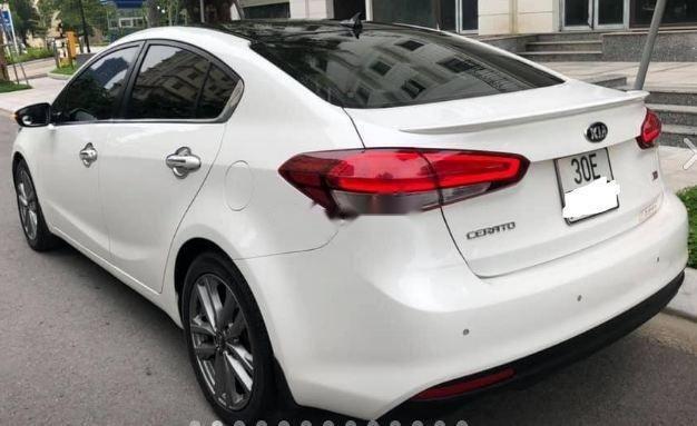 Cần bán gấp Kia Cerato 2.0 năm sản xuất 2016, màu trắng2