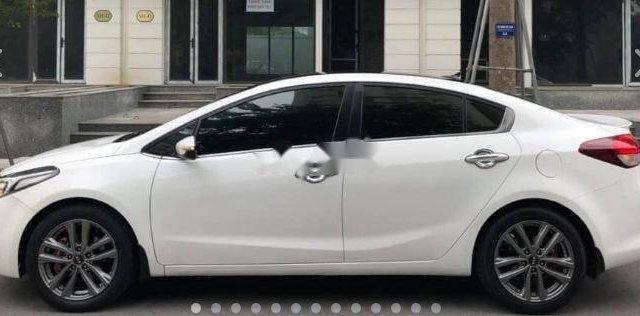 Cần bán gấp Kia Cerato 2.0 năm sản xuất 2016, màu trắng3