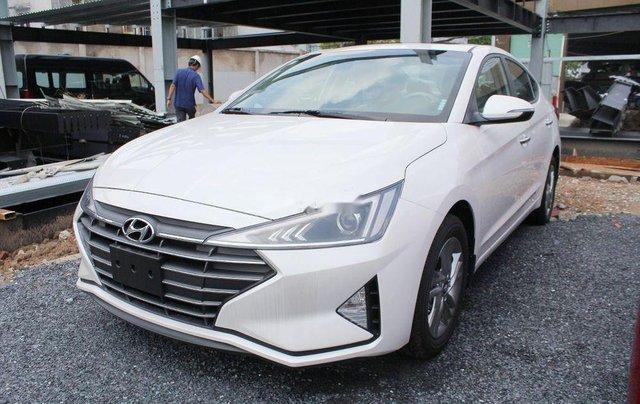 Bán xe Hyundai Elantra 1.6AT sản xuất 2019, giá tháp, giao nhanh1