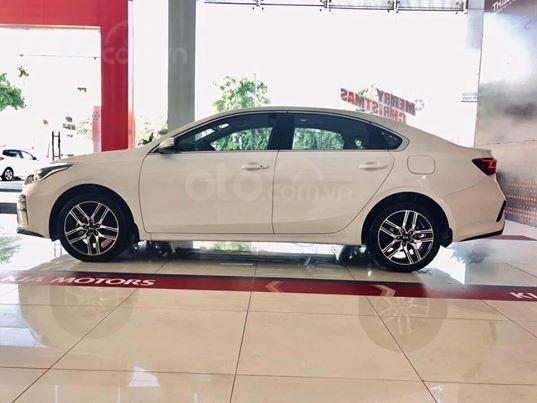Bán Kia Cerato 1.6 AT Luxury 2019 - Liên hệ 0988.307.852 để nhận ưu đãi tốt nhất1