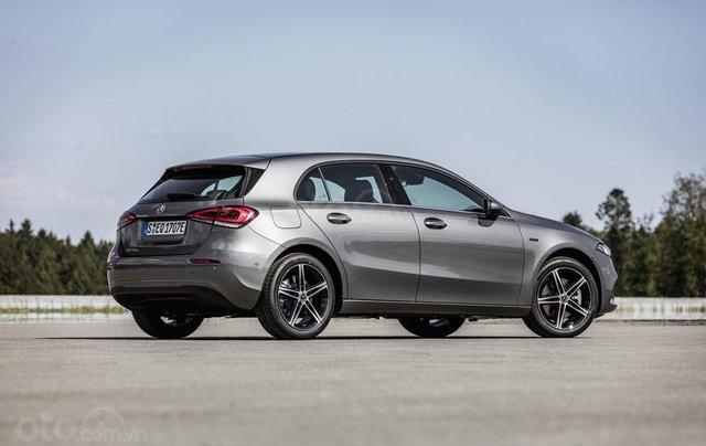 Mercedes-Benz ra mắt phiên bản hybrid cho dòng A-Class và B-Class11