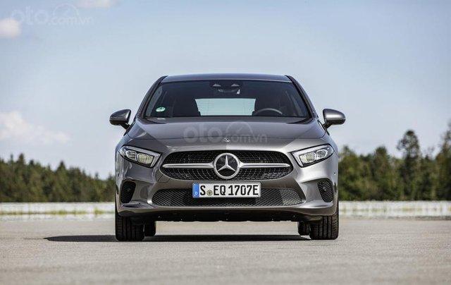 Mercedes-Benz ra mắt phiên bản hybrid cho dòng A-Class và B-Class9