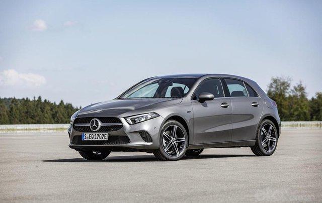 Mercedes-Benz ra mắt phiên bản hybrid cho dòng A-Class và B-Class8