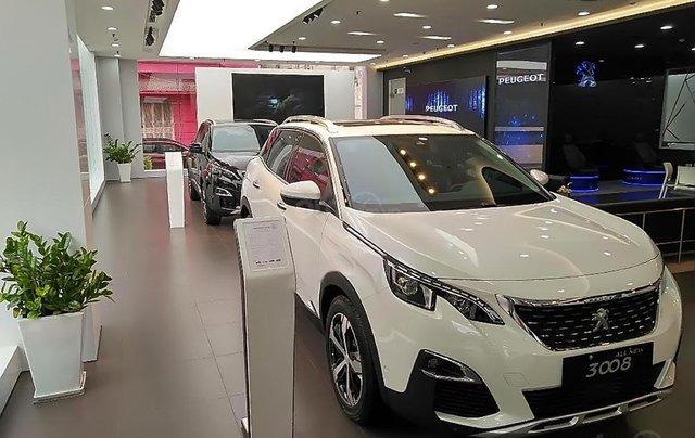 Bán xe Peugeot 3008 sản xuất 2019, màu trắng0