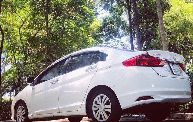 Bán xe Honda City năm sản xuất 2016, màu trắng số sàn, giá chỉ 400 triệu2