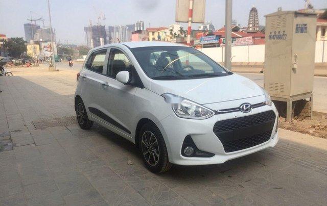 Bán Hyundai Grand i10 2019, màu trắng, 390tr4