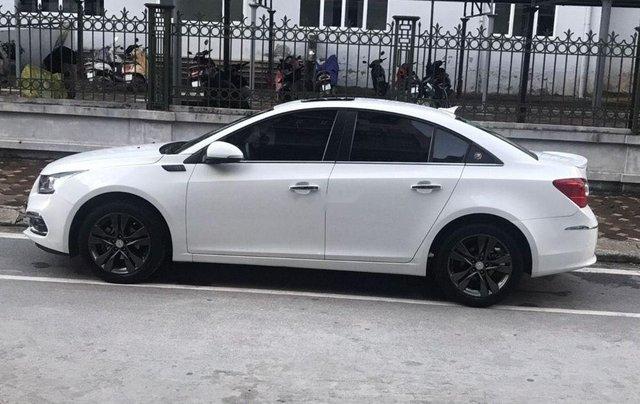 Bán Chevrolet Cruze năm sản xuất 2017, màu trắng chính chủ0