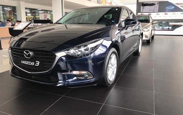 Mazda 3 ưu đãi lớn, sẵn xe đủ màu, LH: 0889.089.5882