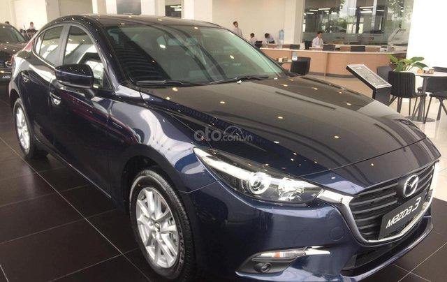 Mazda 3 ưu đãi lớn, sẵn xe đủ màu, LH: 0889.089.5883