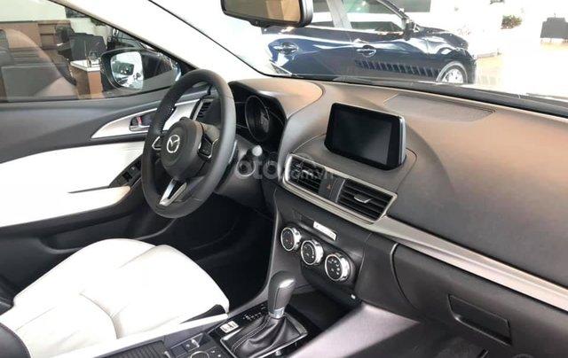 Mazda 3 ưu đãi lớn, sẵn xe đủ màu, LH: 0889.089.5886