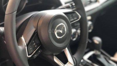 Mazda 3 ưu đãi lớn, sẵn xe đủ màu, LH: 0889.089.5888