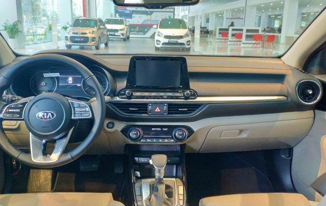 Bán Kia Cerato 1.6 Luxury sản xuất năm 2019, màu trắng, giá tốt4