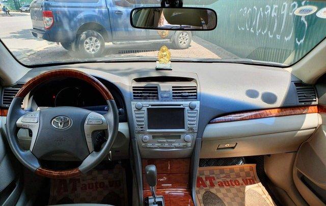 Cần bán Toyota Camry 2.4G sx 2011, màu đen, biển Hà Nội2