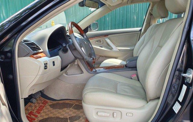 Cần bán Toyota Camry 2.4G sx 2011, màu đen, biển Hà Nội3