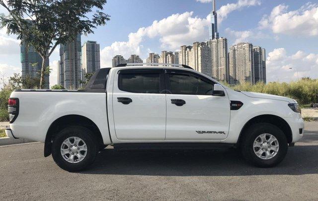 Bán Ford Ranger XLS AT năm 2017, màu trắng, nhập khẩu nguyên chiếc giá cạnh tranh0