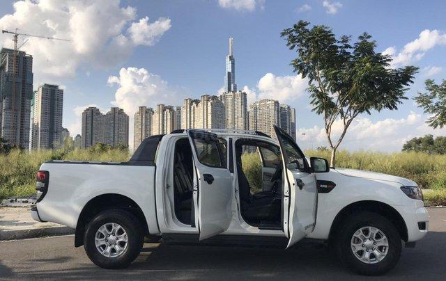 Bán Ford Ranger XLS AT năm 2017, màu trắng, nhập khẩu nguyên chiếc giá cạnh tranh4