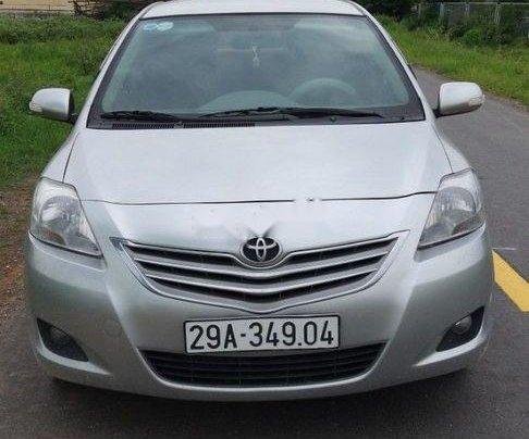 Gia đình bán Toyota Vios sản xuất năm 2011, màu bạc0