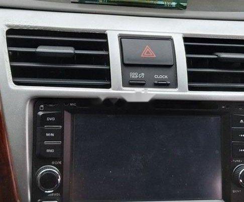 Gia đình bán Toyota Vios sản xuất năm 2011, màu bạc6