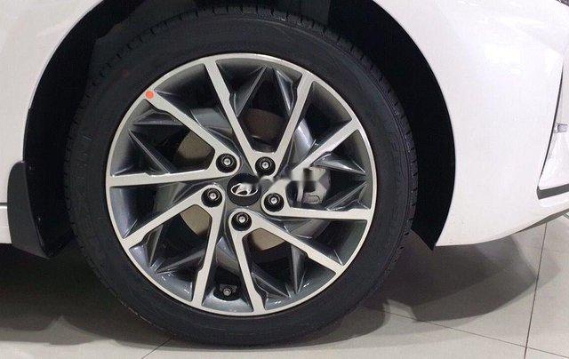Bán Hyundai Elantra 1.6 ATnăm 2019, giá thấp, giao nhanh toàn quốc6