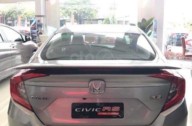 Cần bán xe Honda Civic RS 1.5 AT đời 2019, màu bạc, xe nhập1