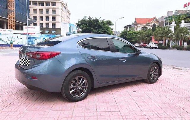 Cần bán Mazda 3 đời 2015, màu xanh lam, số tự động, giá tốt0