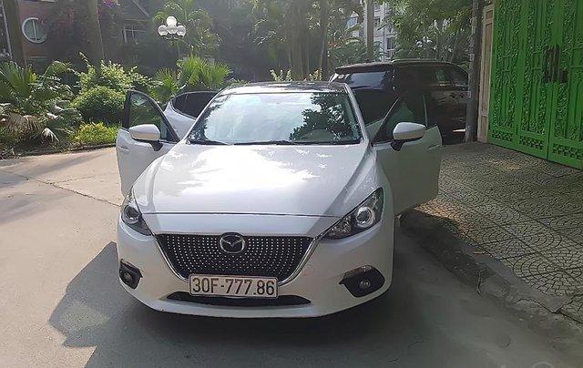 Cần bán lại xe Mazda 3 sản xuất năm 2016, màu trắng0