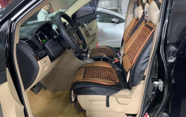 Cần bán Chevrolet Captiva 2.4AT sản xuất 2010, màu đen, giá 355tr7