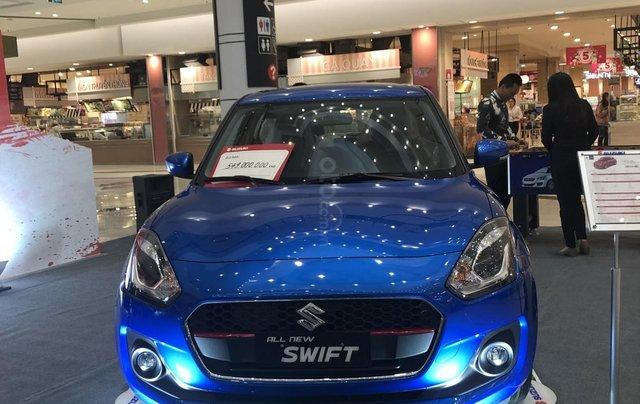 Suzuki Swift GLX giảm tiền mặt, gói phụ kiện hấp dẫn, đủ màu giao ngay1