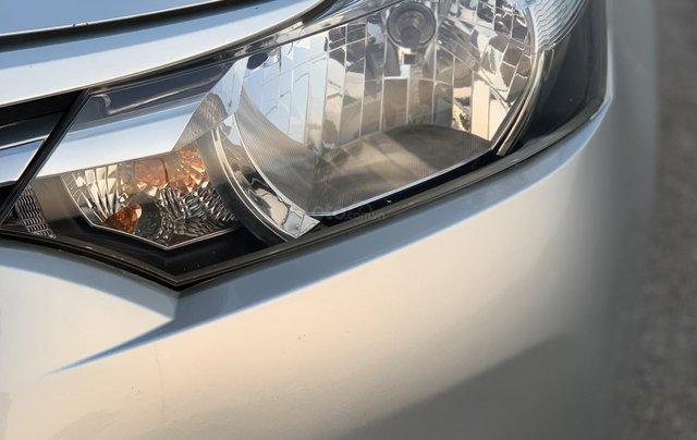 Bán Toyota Vios 1.5E MT năm 2014, màu bạc2