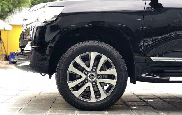 Cần bán Toyota Land Cruiser VXR 4.6L sản xuất 2018, màu đen mới 100%, nhập khẩu Trung Đông LH: 0982.84.28388