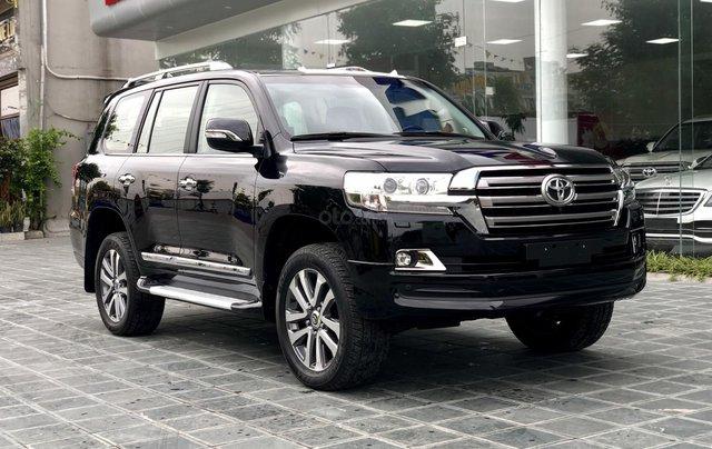 Cần bán Toyota Land Cruiser VXR 4.6L sản xuất 2018, màu đen mới 100%, nhập khẩu Trung Đông LH: 0982.84.28382