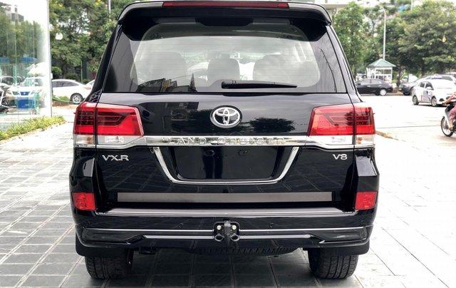 Cần bán Toyota Land Cruiser VXR 4.6L sản xuất 2018, màu đen mới 100%, nhập khẩu Trung Đông LH: 0982.84.28384