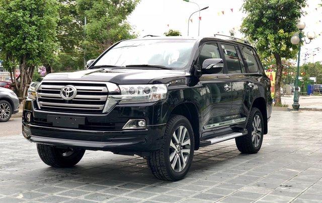 Cần bán Toyota Land Cruiser VXR 4.6L sản xuất 2018, màu đen mới 100%, nhập khẩu Trung Đông LH: 0982.84.28381