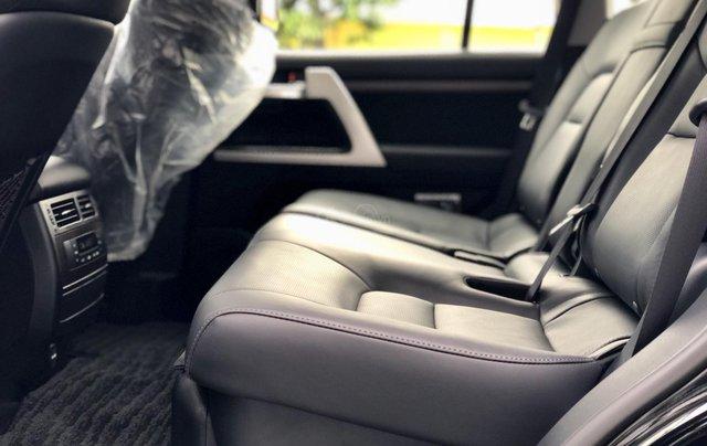 Cần bán Toyota Land Cruiser VXR 4.6L sản xuất 2018, màu đen mới 100%, nhập khẩu Trung Đông LH: 0982.84.283811