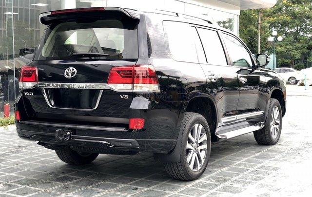 Cần bán Toyota Land Cruiser VXR 4.6L sản xuất 2018, màu đen mới 100%, nhập khẩu Trung Đông LH: 0982.84.28385
