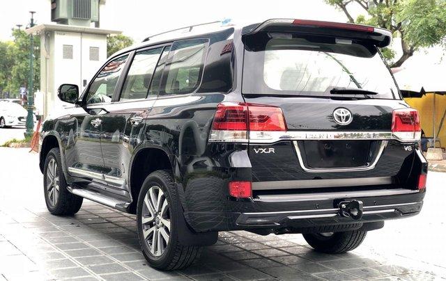 Cần bán Toyota Land Cruiser VXR 4.6L sản xuất 2018, màu đen mới 100%, nhập khẩu Trung Đông LH: 0982.84.28386
