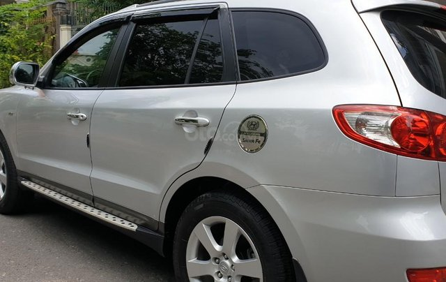 Bán Hyundai Santafe SLX máy dầu 2.0, số tự động, nhập khẩu, đời T12/2009, màu bạc, mới 80%2