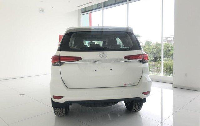 Bán Toyota Fortuner G AT đời 2019, xe giá thấp, giao nhanh toàn quốc3