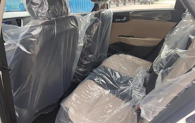 Hyundai Tây Ninh bán Hyundai Accent 1.4 MT Base đời 2019, màu trắng3