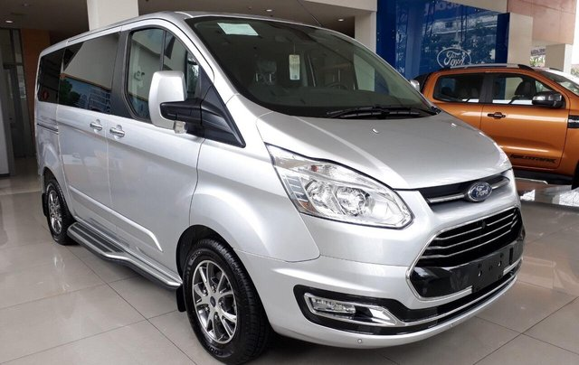 Bán Ford Tourneo 2019 đủ màu, liên hệ đặt xe ngay, giá chỉ từ 999 triệu0